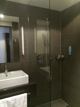 Atlantic Hotel Lubeck : Good shower