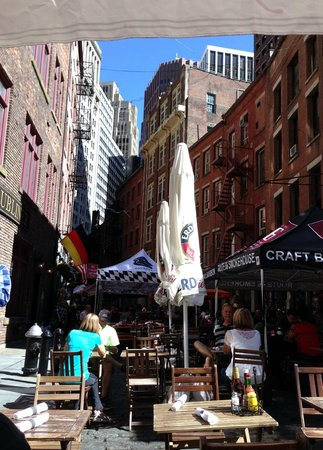 The Dubliner: View of Stone Street