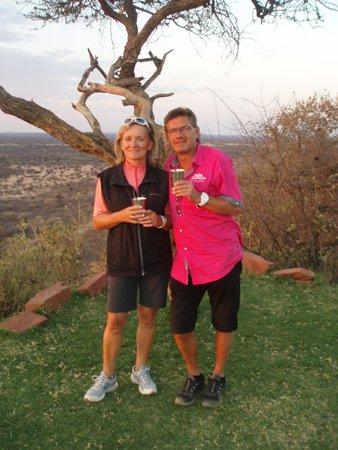 Hotel Heinitzburg: Auf Safari beim Sundowner