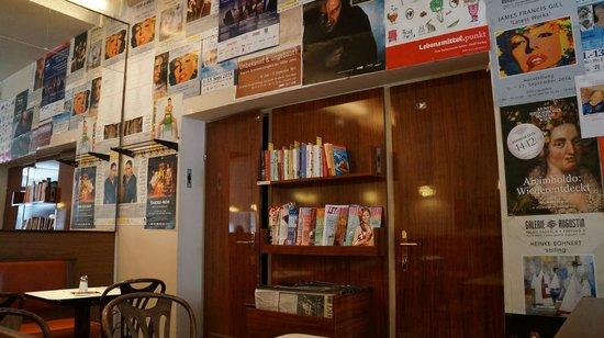 Cafe Markusplatz : вход в туалет