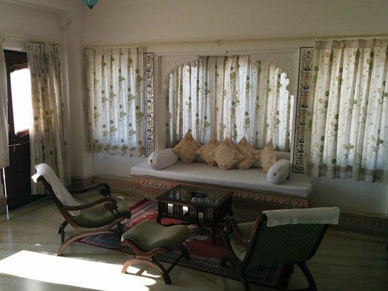 Raj Niwas Hotel: Suite