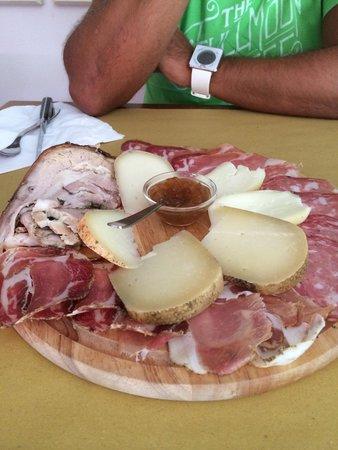 La Bottega Matta: La porchetta più buona e la salsina segreta... Gnam Gnam��!!!