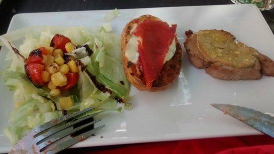 Restaurante Bar El Forn : mini solomillo con foie