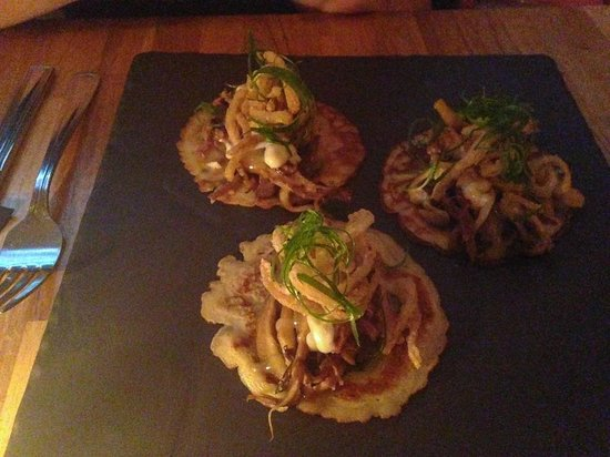 The Oakwood Canadian Bistro: Pulled Pork on Miso Pancakes