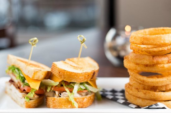 Cow Cafe: Casual Lunch Items