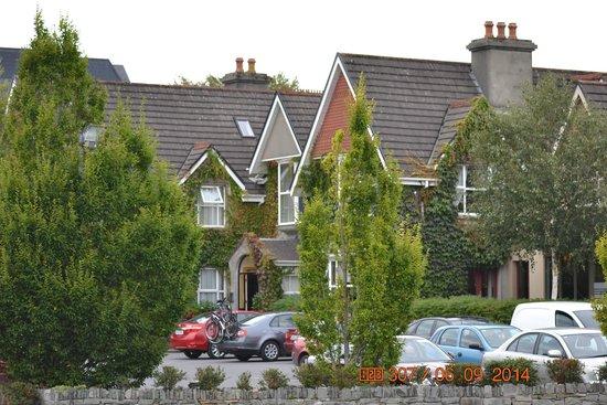 Victoria House Hotel: victoria house killarney