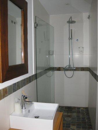 Hotel Moli de la Torre: Baño