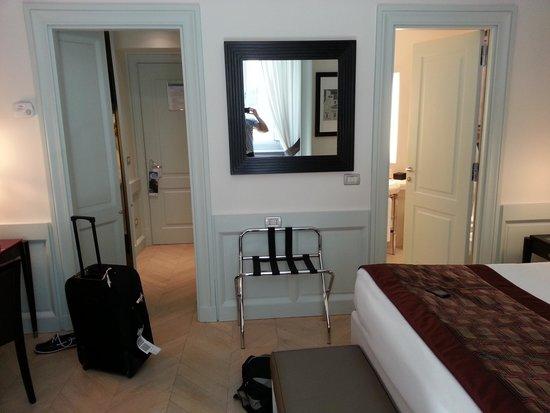 Hotel Indigo Rome - St. George: Room 211 Bedroom
