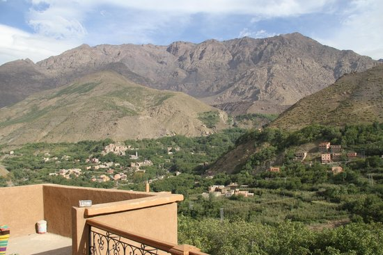 Imlil Authentic Toubkal Lodge : View from the terrace