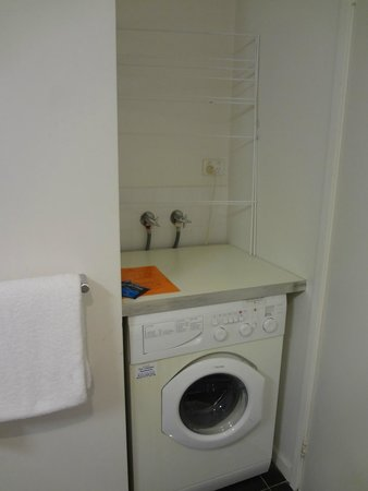 Punthill Little Bourke : Washing machine available
