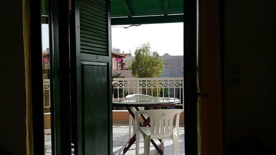 Aquarius Apartments: view to the balcony