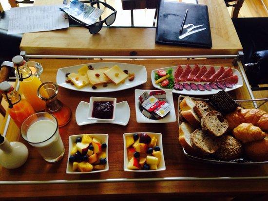 Suitenhotel Zurbriggen : Frühstück!