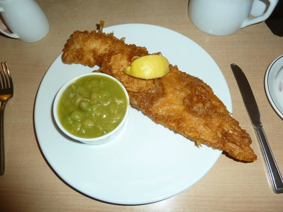 Atkinson's Fish & Chip Restaurant: Lovely big fish!