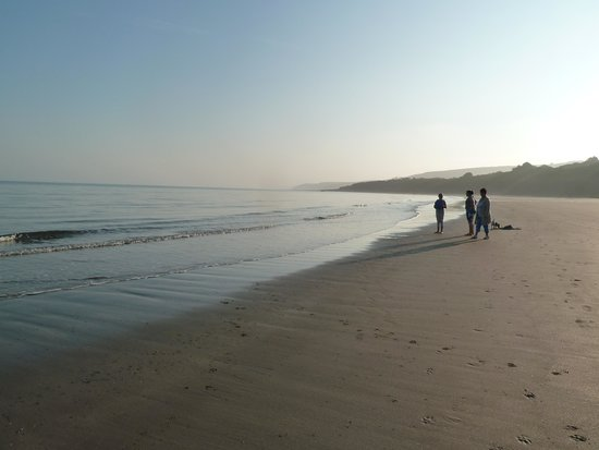 Quay West Holiday Park - Haven: New Quay bay
