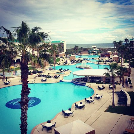Port Royal Ocean Resort & Conference Center : View from our balcony