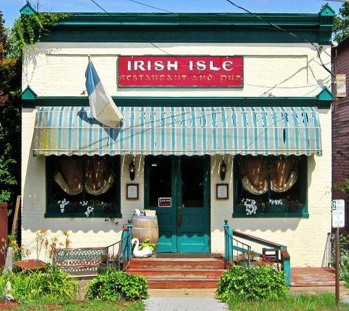 Nana's Irish Pub: Irish Isle in 2013