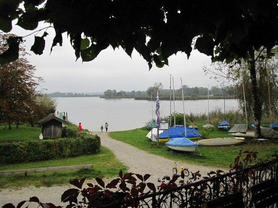 Gasthof Hotel Seehof: Aussicht von der Gartenterasse des Seehofs
