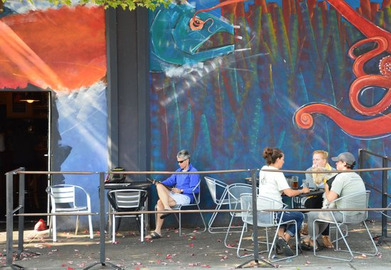 Fish Tale Brew Pub : The Pub Outdoor seating area