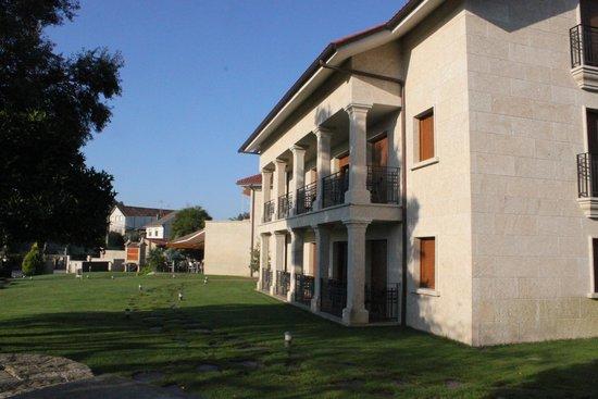 Hotel Rural Campaniola: Areas verdes (Foto tomada desde la Piscina)