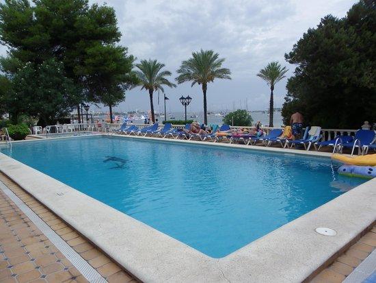 Ses Savines Hotel: la piscine