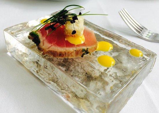 Amuse bouche picture of restaurant pavillon brno for Amuse bouche cuisine