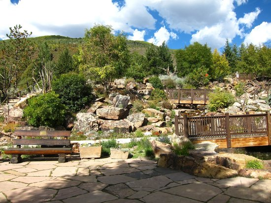 Betty Ford Alpine Gardens: More Gardens