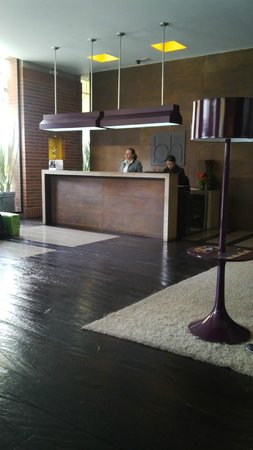 Mercure Bogota BH Zona Financiera: Lobby