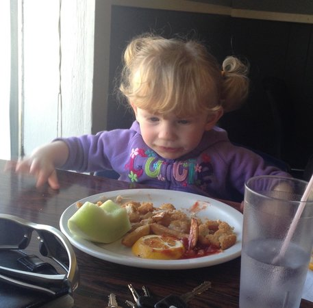 Cordial Restaurant: Nuggets are kid approved!
