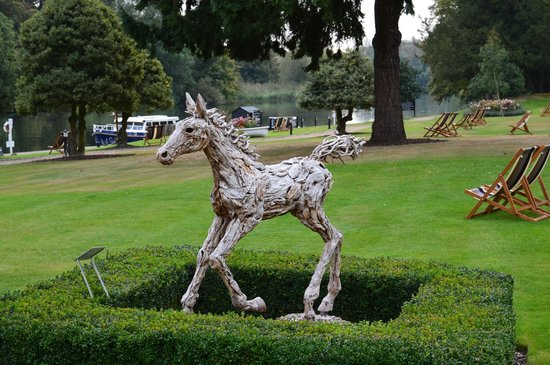 The Oakley Court: Sculpture of Horse