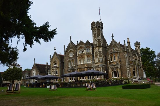 The Oakley Court: Front of hotel