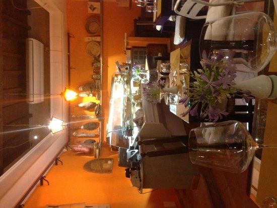 Mangiafoco Cafe : Sala osteria wine