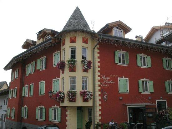 Rumo, Italia: Vista dell'hotel