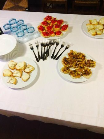 Cooking Classes with Nonna Ciana : Bruscetta