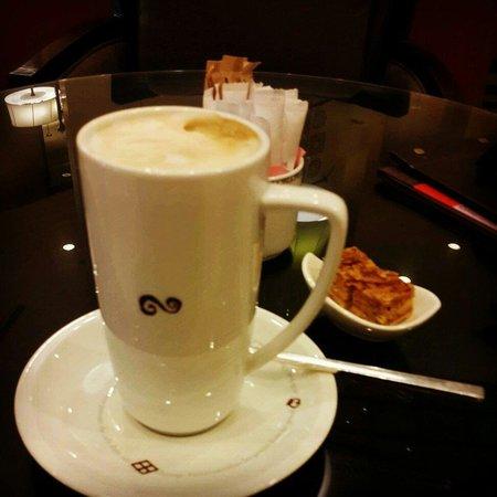 Sheraton Amman Al Nabil Hotel: Latte at Sheraton