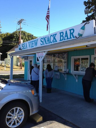 Sea View Snack Bar: Front