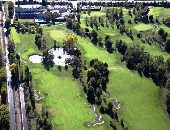 UNA Golf Hotel Cavaglia: Aerial View