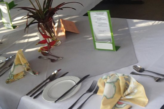 Table Setup Picture Of Pot Luck Training Restaurant Nukualofa - Training table restaurant