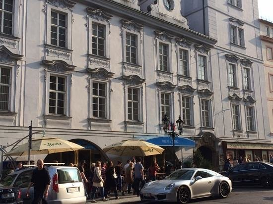 Hotel Modra Ruze: Modra Ruze