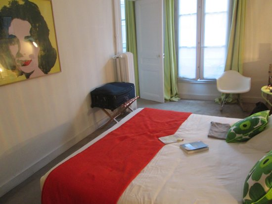 Hotel Arvor Saint Georges: Our bedroom