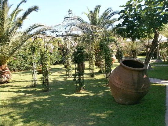 Park Hotel la Villa: Территория отеля