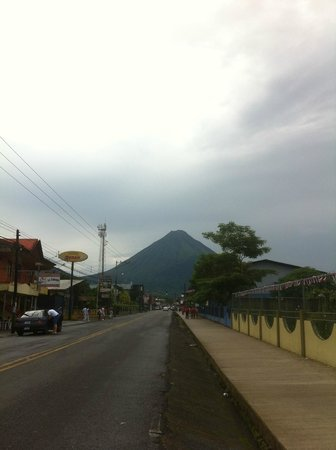 Gringo Pete's Too: View of the volcano steps from the front door