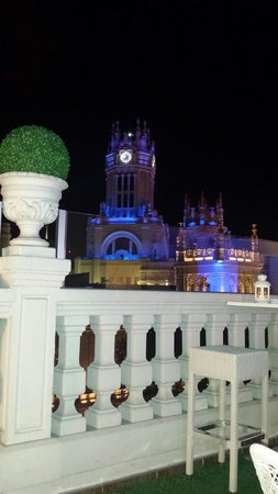 Luxury Suites: Vista nocturna... relax total!