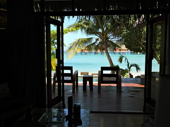 Likuliku Lagoon Resort : View from our deluxe beach front bure