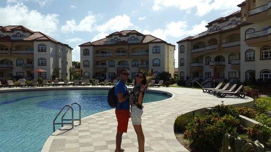 Grand Caribe Belize Resort and Condominiums: ALBERCA PRINCIPAL