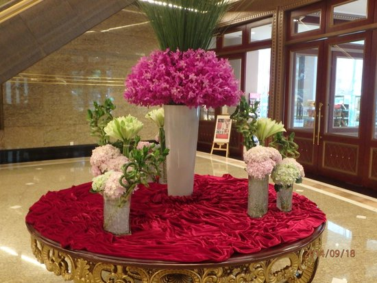 One Of The Many Beautiful Flower Arrangements In The Hotel Lobby