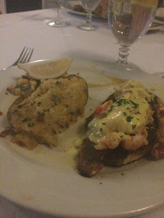 Louisiana Lagniappe : Blackened Redfish with lobster and lump crabmeat