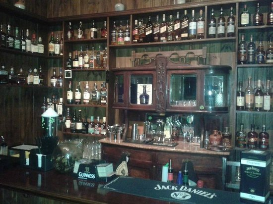 Planta Alta Clarkes Whiskey Bar