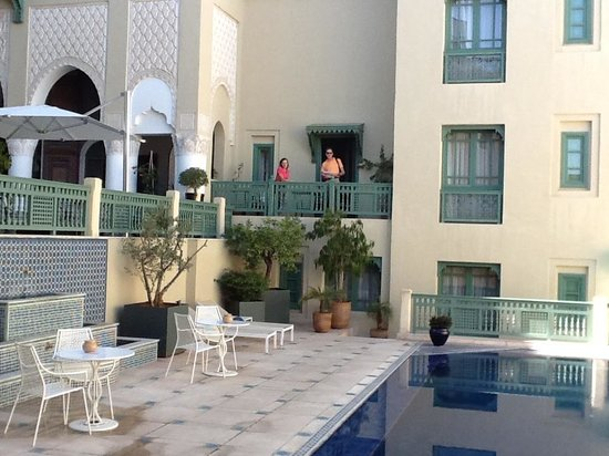Palais Faraj Suites & Spa: THE POOL AREA