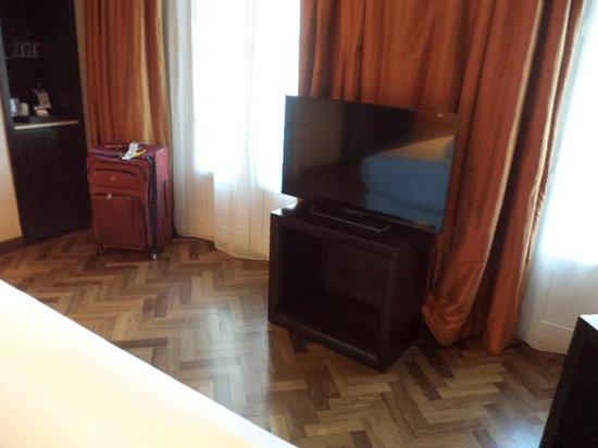 NH Collection Buenos Aires Lancaster: LCD de 42 pulgadas en la suite
