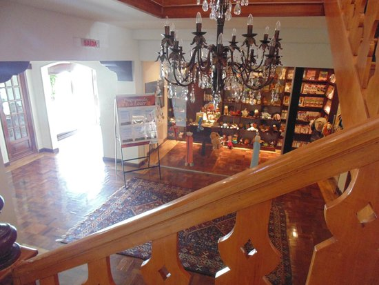 Hotel Vila Inglesa: Loja e hall do hotel